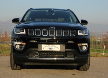 Jeep Compass 1.3 Turbo T4 130cv 2WD LIMITED carbon black
